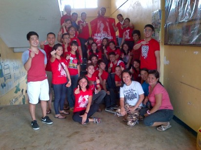 The Teach for the Philippines community after Brigada Eskwela at San Diego Elementary School