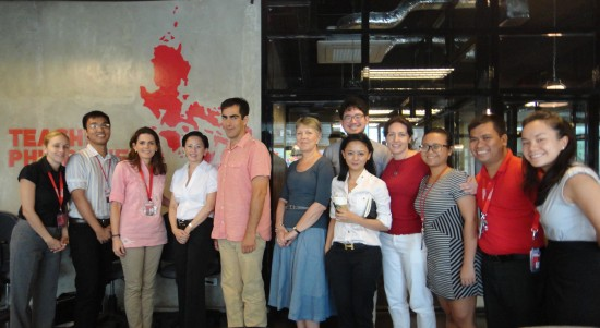 Brett Wigdortz with the Teach for the Philippines Team