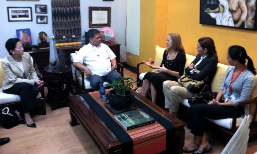 Wendy Kopp and our co-founders meet with DepEd Sec. Bro. Armin Luistro